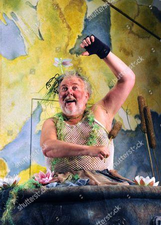 'Mr Stink' - Peter Edbrook as Mr Stink