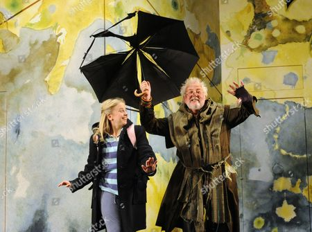 'Mr Stink' - Lotte Gilmore as Chloe and Peter Edbrook as Mr Stink