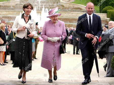 The Duchess of Northumberland, Queen Elizabeth II and Alan Shearer