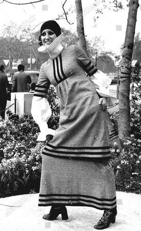 Model Stephanie Block At The London Fashion Fair Held At The Inn On The Park Hotel Park Lane.