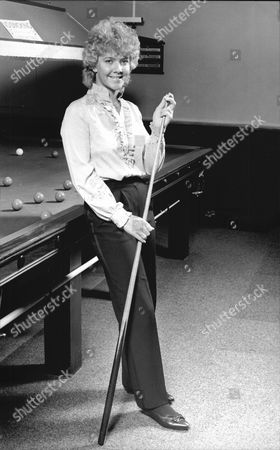 Woman Snooker Player Allison Fisher At Welling Snooker Club