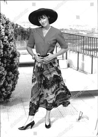 Actress Susan Gilmore Of Tv Drama Howard's Way In 1989.