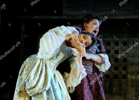 Flora Spencer-Longhurst as Polly Peachum, Beverly Rudd as Lucy Lockit