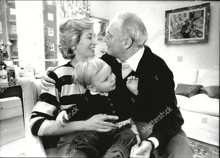 Editorial picture of Television Executive Bruce Gyngell With Wife Kathy Gyngell And Son Adam 1988.