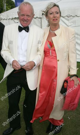 Stock Image of Tony Gubba and wife