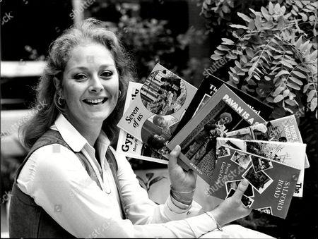 Jenny Hanley - Television Presenter - 1980