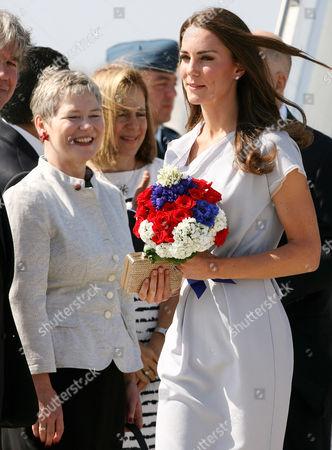 Consul-General Dame Barbara Hay and Catherine Duchess of Cambridge