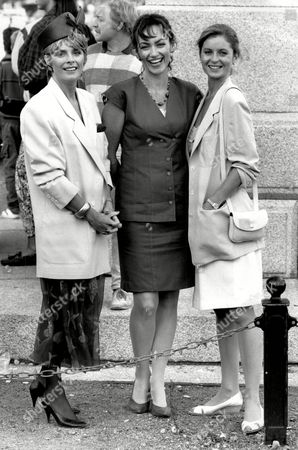Actresses Jan Harvey And Susan Gilmore In Guernsey 1988.