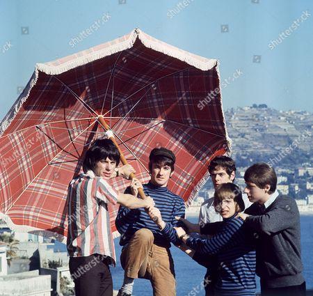 The Yardbirds - Jeff Beck, Jim McCarty, Paul Samwell-Smith, Keith Relf and Chris Dreja