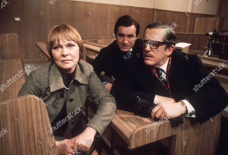 Zena Walker as Jenny Rastall, Anthony Ainley as Leslie Symington and John Nettleton as R J Swaffield
