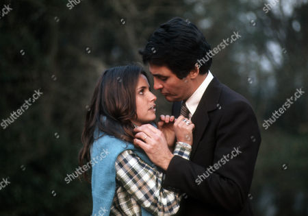 Nina Francis as Annette and David Hedison as Edmund Hardy