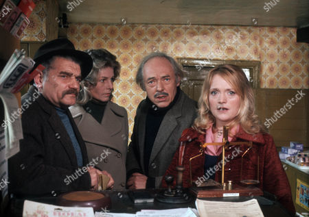 Richard Beale as Mr Hodge, Mary Peach as Janet Pierce, Michael Bryant as Jeremy Dent and Mary Healey as Bella