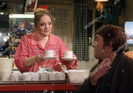 Mary Healey as Beryl and Bryan Marshall as Joe