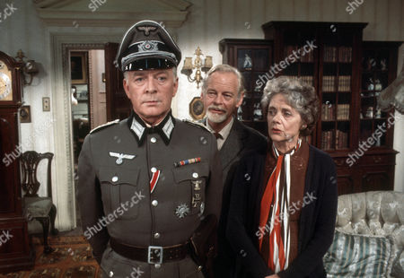 Tony Britton as Colonel Von Schmettau, Peter Dyneley as Bob Hathaway and Celia Johnson as Dame Sybil Hathaway