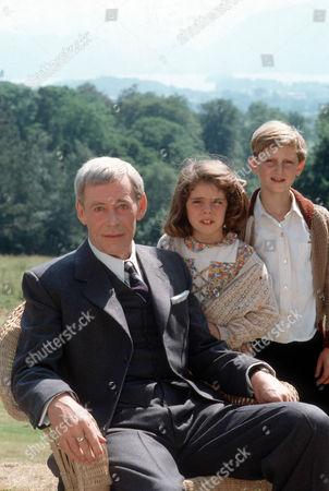 Peter O'Toole as John Sidney Howard, Claire Drummond as Sheila Cavanagh and Alastair Haley as Ronnie Cavanagh