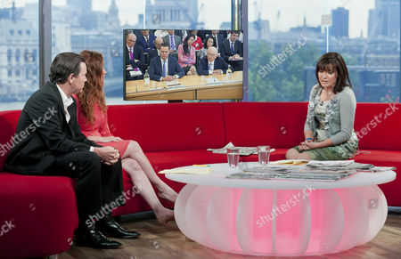 Kevin O' Sullivan and Martel Maxwell with Lorraine Kelly