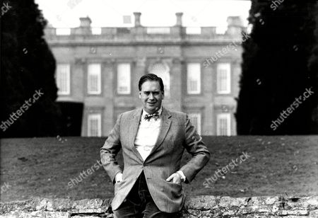 Editorial picture of 3rd Baron Hesketh At Home 1989.