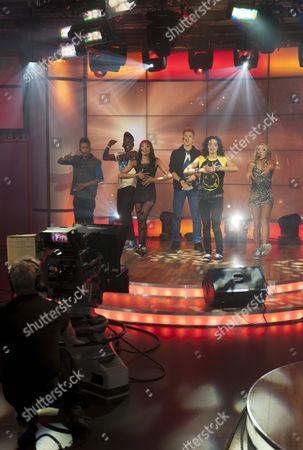 Stock Image of Six D - Levon De Silva, Chantelle Bernard, Kieran Edmonds, Cassie MacMillan, Pierre Angus and Kimmy Campbell.