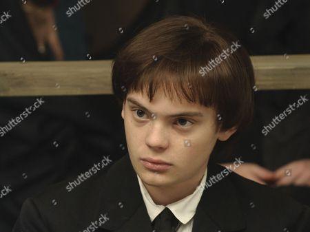 Charlie Hiett as William Kent
