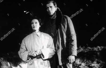 PATRICIA MEDINA AND MICHAEL RENNIE IN THE FILM BATTLE OF THE V.I.''