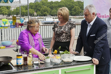 Nancy Lam with Ruth Langsford and Eamonn Holmes