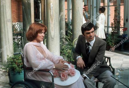 Moira Redmond as Davina Droylsden and Keith Drinkel as Jim Seathwaite