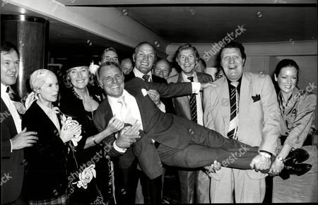 Dickie Henderson Dame Vera Lynn Henry Cooper Eric Sykes Ray Allen Tommy Cooper And Lorraine Chase - 1980