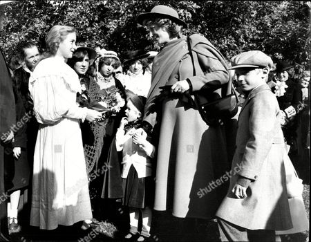 Richard Duke Of Gloucester And Duchess Of Gloucester With Their Children Earl Of Ulster Lady Davina Windsor And Lady Rose Windsor In Hyde Park 1983.