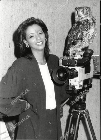 News Reader Zeinab Badawi With Ollie The Owl 1988