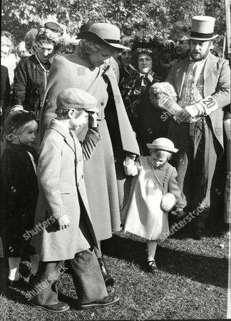 Duchess Of Gloucester And Children Lady Davina Of Windsor Earl Of Ulster And Lady Rose All In Victorian Fancy Dress For Event In Hyde Park 1983.