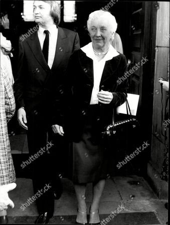 Lady Bader Wife Of Sir Douglas Bader - At Kenneth More Service 1981 Group Captain Sir Douglas Bader (21 February 1910 ? 5 September 1982) Was A Royal Air Force (raf) Fighter Ace During The Second World War. He Was Credited With 20 Aerial Victories Four Shared Victories Six Probables One Shared Probable And 11 Enemy Aircraft Damaged.
