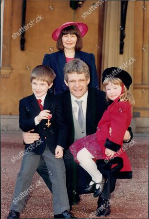 Rugby Player Finlay Calder With His Family At Buckingham Palace For His Investiture.