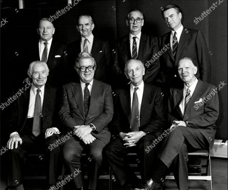 Commonwealth And Foreign Ministers Get Together. Back Row L-r: Francis Pym Lord Aylestone Lord Thomson David Owen. Front Row L-r: Duncan Sandys Sir Geoffrey Howe Lord Home And Arthur Bottomley.