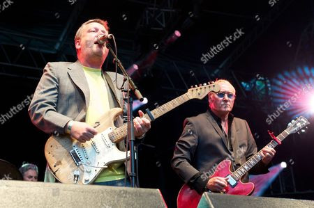 Glenn Tilbrook of Squeeze with Dennis Greaves of Nine Below Zero