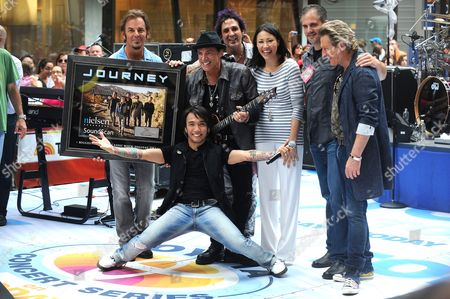 Journey - Jonathan Cain, Arnel Pineda, Neal Schon, Deen Castronovo and Ross Valory