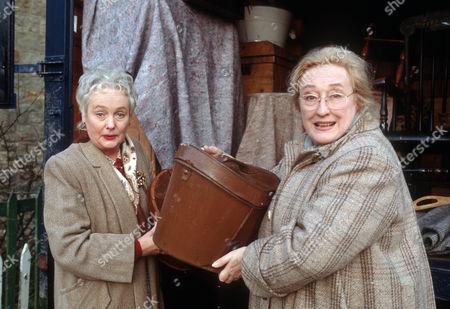 Judith David as Frances Kirby and Elizabeth Spriggs as Rene Kirby