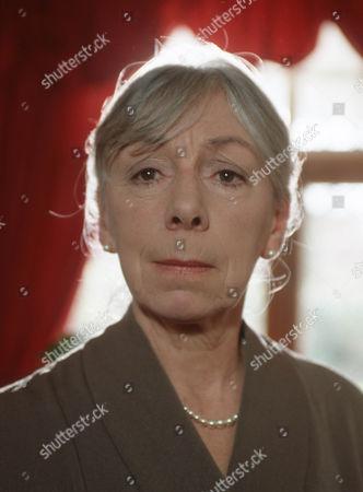 Freda Dowie as Muriel Gerard