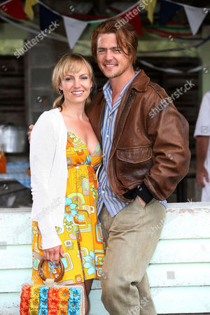 Carol [Lisa Kay] in the small outback town of Mooriloobah where she finds her long lost brother Danny [Evert McQueen]