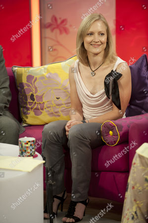 Editorial picture of 'Lorraine Live' TV Programme, London, Britain. - 04 Aug 2011