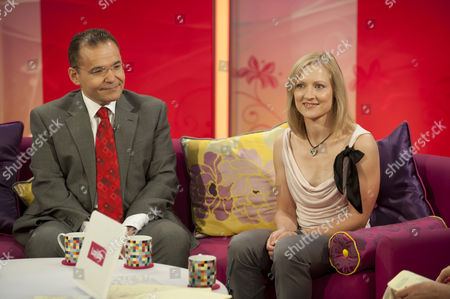 Stock Picture of Surgeon, Mr Hussein El- Maghraby and Emma Bexson