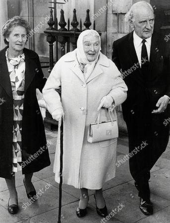 Actress Dame Sybil Thorndike (24 October 1882-9 June 1976).