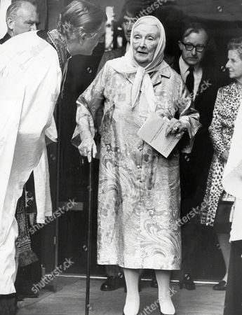 Actress Dame Sybil Thorndike Walking With The Aid Of A Stick Leaves St Paul's Church After The Service. Dame Sybil Thorndike (24 October 1882-9 June 1976).