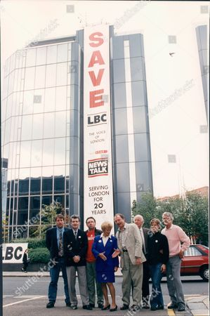 London Broadcasting Company Lbc Radio - Campaign Outside Their Hammersmith Office - Save Lbc Radio Station Richard Littlejohn Douglas Cameron Fred Housego Dame Shirley Porter Ken Livingstone Frank Bough And Pete Murray ? 1993