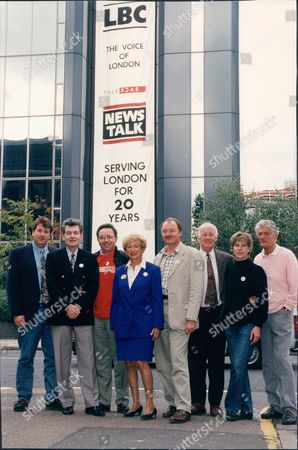 London Broadcasting Company Lbc Radio - Campaign Outside Their Hammersmith Office - Save Lbc Radio Station Richard Littlejohn Douglas Cameron Fred Housego Dame Shirley Porter Ken Livingstone Frank Bough And Pete Murray - 1993