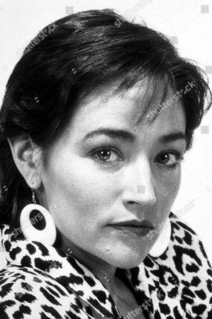 OLIVIA HUSSEY PORTRAIT 1987
