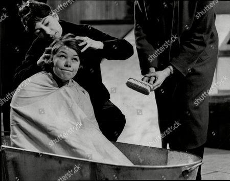 Play The Public Bath. Actress Glenda Jackson In Tub Being Scrubbed By Freda Dowie.