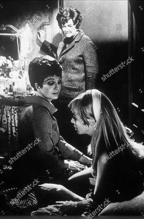 BERYL REID & CORAL BROWNE & SUSANNAH YORK IN 'KILLING OF SISTER GEORGE'
