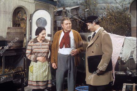 Queenie Watts, Arthur Mullard and Jonathan Cecil