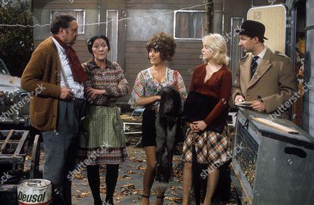 Arthur Mullard, Maureen Sweeney, Gay Soper, Queenie Watts and Jonathan Cecil