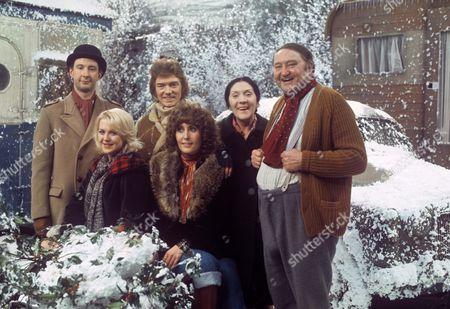 Jonathan Cecil, Gay Soper, Alan Ford, Maureen Sweeney, Queenie Watts and Arthur Mullard